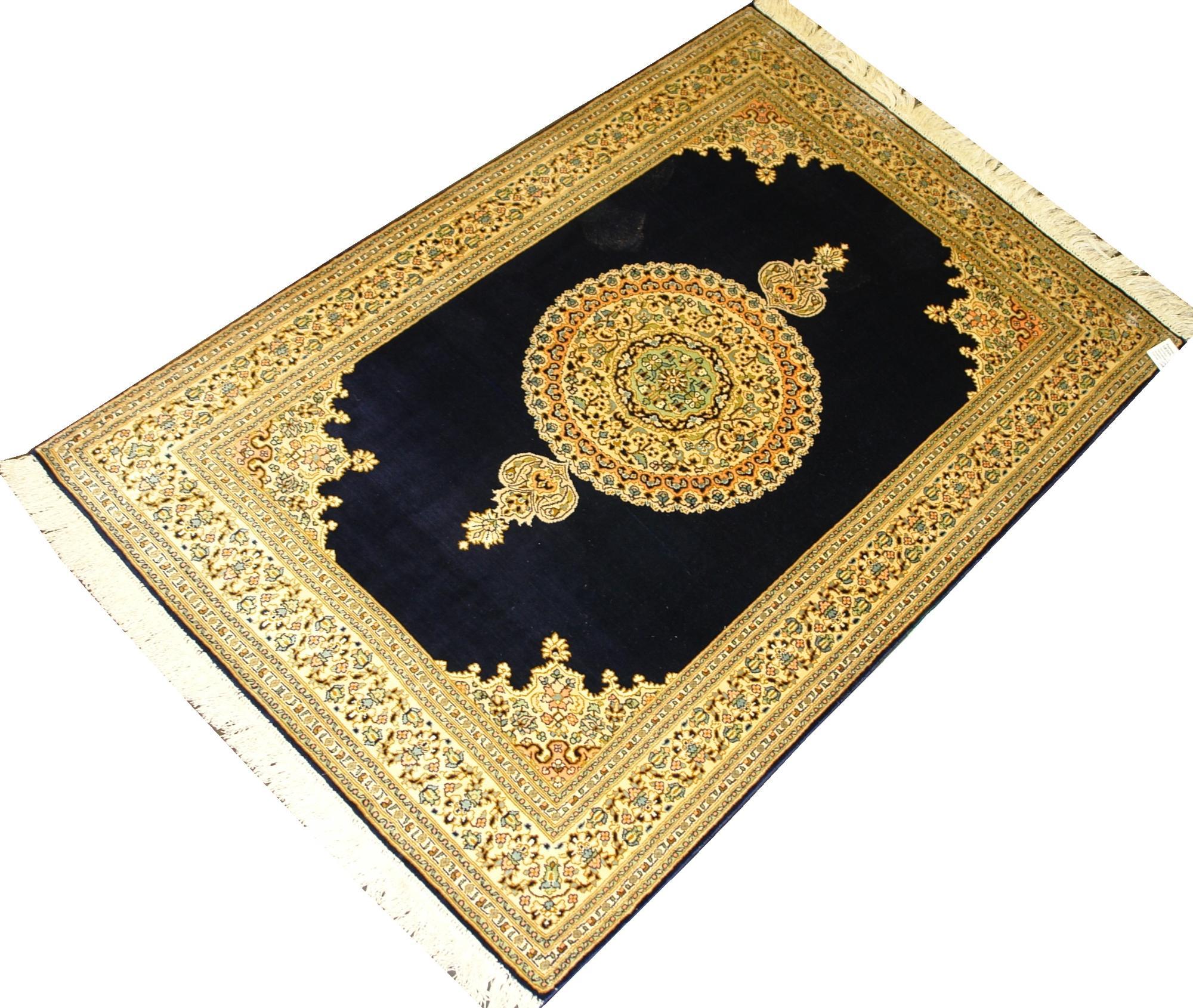Индийский ковер из шелка Медальон ОГ67SS